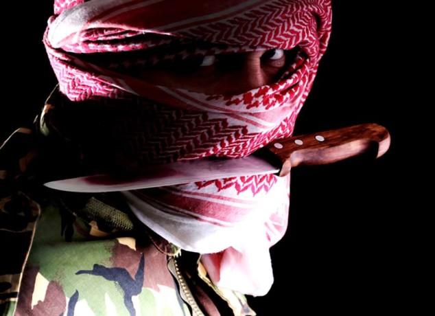 shutterstock-muslim-extremist-1375