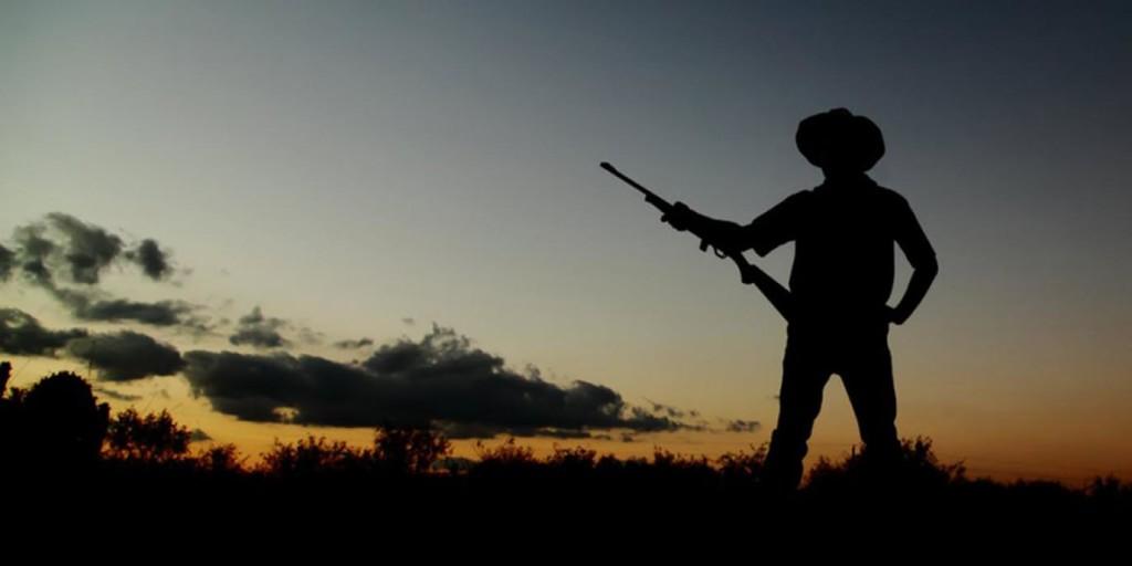 shutterstock-cowboy-gun-rifle-1375