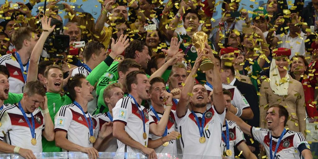deutschland-fussball-nationalmannschaft-1375