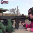 Reporter fürchtet sich vor AR15, siebenjähriges Mädchen findet die Waffe…