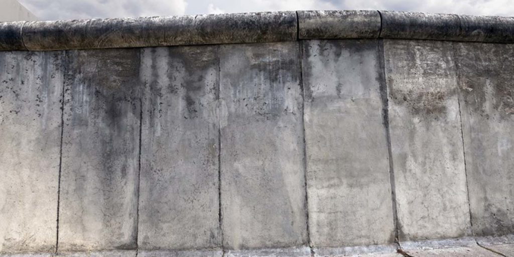 shutterstock-mauer-berlin-1375