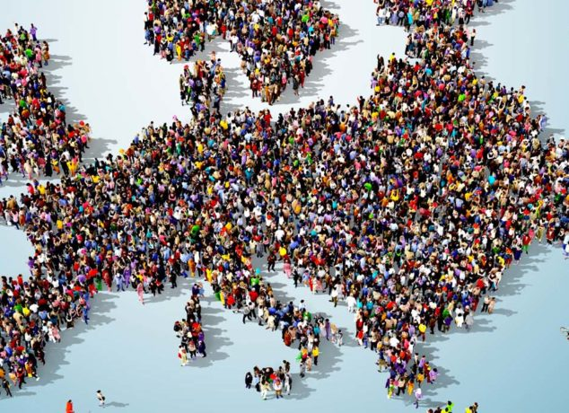 shutterstock_309509678-crowded-europe-migration-1375