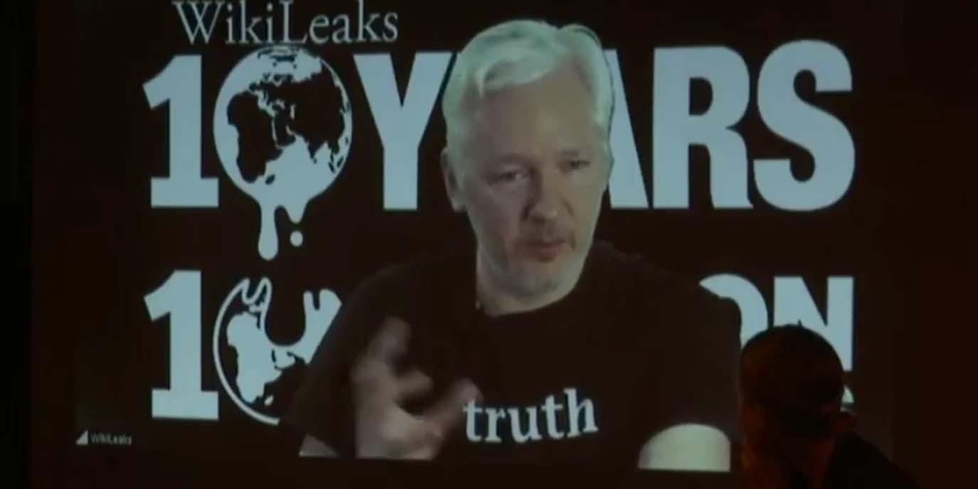 Assange muss Botschaft Ecuadors verlassen: Der Zirkus geht weiter
